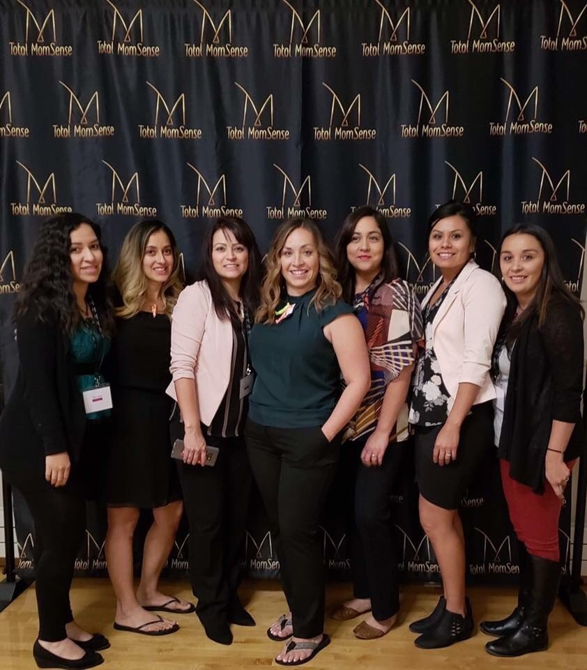 Read more about the article Moms Who Rise Conference- Moms Are The Bomb!